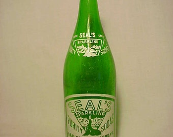 1953 Seal's Purity Sodas Seal Soda Co. Barre, VT., Green ACL Picture Soda Bottle
