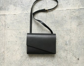 Pioneer Shoulder Bag Black Leather