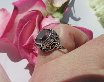 Very Beautiful Alexandrite Ring Size 7 US, 925 Silver, Strengthens Creative Abilities, Changes Color