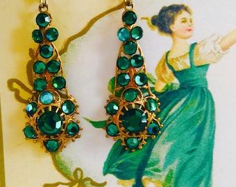 Emerald GREEN Austrian CRYSTAL Rhinestone EARRINGS on Brass Filigrees