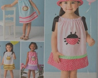 Simplicity pattern 2383 Toddler's Pillow case Dress with Appliques and hat