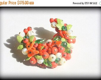 SPRING SALE Stunning Vintage Very Rare Pink Coral Mother of Pearl and Enamel Beaded Cluster Crescent Brooch