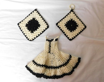 Vintage 50s Crochet Kitchen Set - Dish Soap Bottle Dress and Two Matching Potholders - Black and White -    Box F