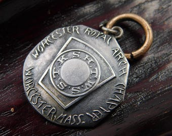 Vintage Mason Masonic Medal or Charm From Worchester Royal Arch Chapter Worchester Massachusetts  dr33