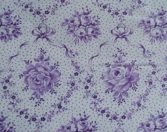 Vintage French Fabric Lilac Roses Rosebuds Ribbons Bows Suitable for Patchwork Quilting Lavender Bags Feedsack Pillow