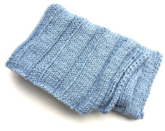 Organic cotton blanket Blue ribbed stitch hand knitted