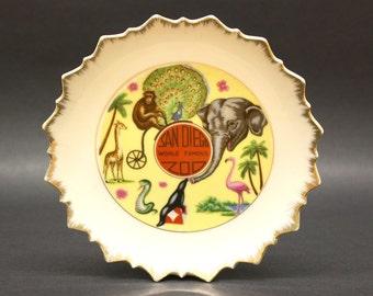 Vintage San Diego Zoo Decorative Souvenir Plate (E6165)
