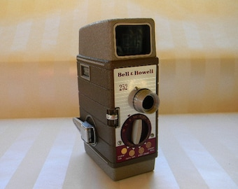 Vintage Bell & Howell 252 Movie Camera
