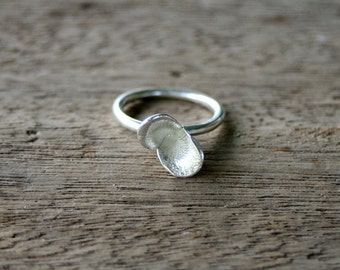 Floral Pods Ring, cast silver ring size 16.4 mm