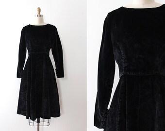 vintage 1960s dress // 60s black velvet dress