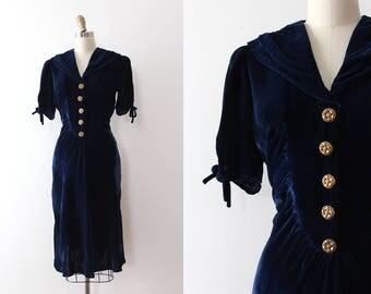 vintage 1930s dress // 30s blue velvet dress
