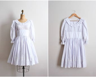 60s White Eyelet Dress / Square Dance Dress / Full Skirt Dress / Wedding Dress / Lace Dress / Rockabilly Dress / Size S/M