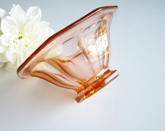 Vintage Glass Bowl, Art Deco, Pink, Panels, Small Bowl, Low foot, Decorative Bowl, Elegant Glass, Pressed Glass, Footed