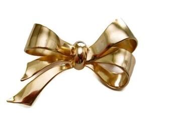 Coro Pegasus Brooch Golden Ribbon Bow 1940s