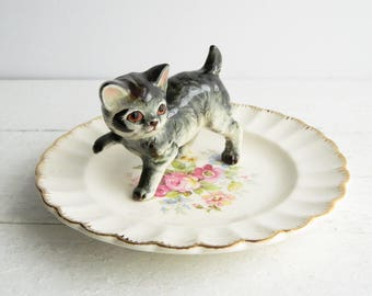 Vintage Tabby Cat Ring Dish, Figurine & Scalloped Saucer Trinket Holder, Kitschy Jewelry Display