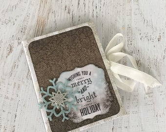 Scrapbook Envelope Minibook, minialbum, cardstock by Kaisercraft, in gray, blue, silver and white, contains 6 premade tags & up to 30 photos