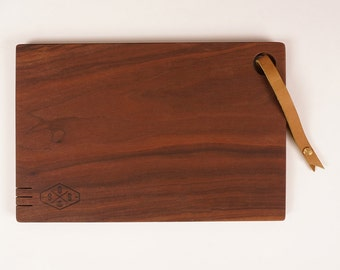 Walnut cutting board | BAKER