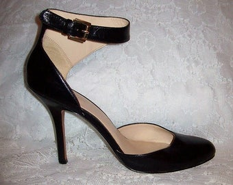 Vintage 90s Ladies Black Leather Ankle Strap Stiletto Pumps by Nine West Size 10 Only 12 USD