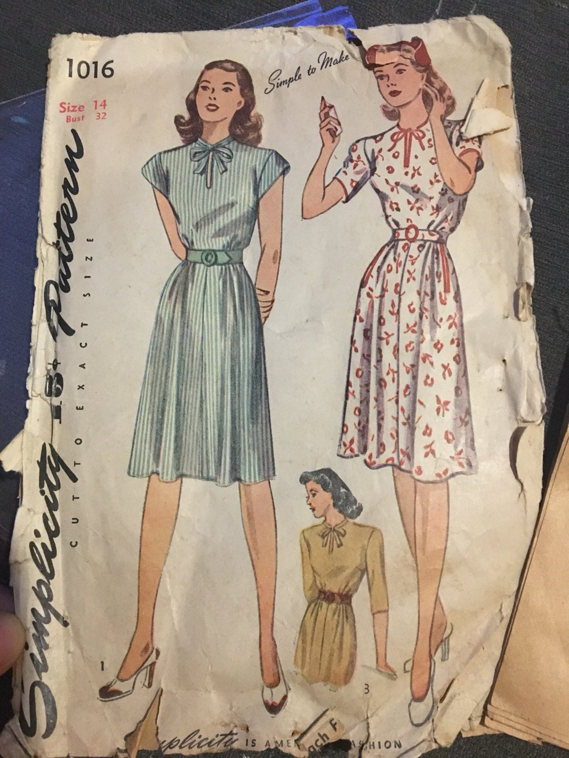 7fb6104b2fe Vintage 1940s Sewing pattern simplicity 1016 daydress cap sleeves or short  sleeve slit neckline woth bow size 14 Bust 32 from PsychedelicPinup on Etsy  ...