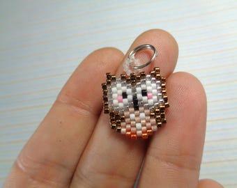 Brown owl charm, beaded owl, owl keychain, beaded keychain, beaded charm, brick stitch charm, beaded necklace, peyote stitch, owl charm