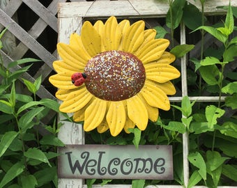 Large Sunflower Welcome Sign - Yellow Metal Yard Art - Outdoor Fence Art - Front Door Decor - Housewarming