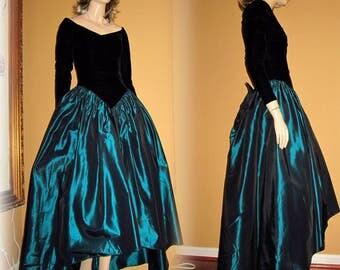 UNWORN 80s Gone with the Wind GOWN Bust 34 by LORALIE Black Velvet & Green Taffeta Edwardian Renaissance
