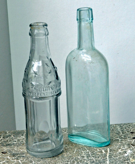 Antique '30s Clear 'STAR' SODA WATER Bottle w/6 Stars Property of Coca-Cola Co No Chips r cracks n 1 plain '30s Bottle Both n Exc Condition.
