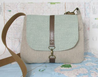 Utah -- Crossbody messenger bag -  Adjustable strap - Vegan purse - Crossover bag - Travel purse - Medium -Mint herringbone - Ready to ship