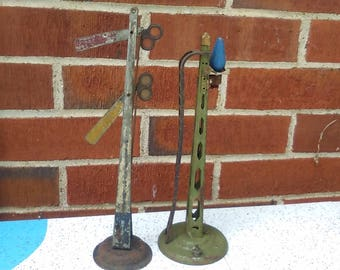 2 Vintage American Flyer Train Signals ,  for parts or display  very old,, tin plate