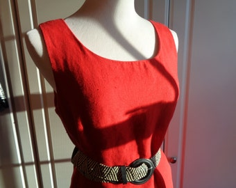 LADY IN RED, Red Linen Dress, Timeless Classic Sleeveless Sheath Style Dress, Size 10 Female, in Good Condition, A John Roberts Label Dress