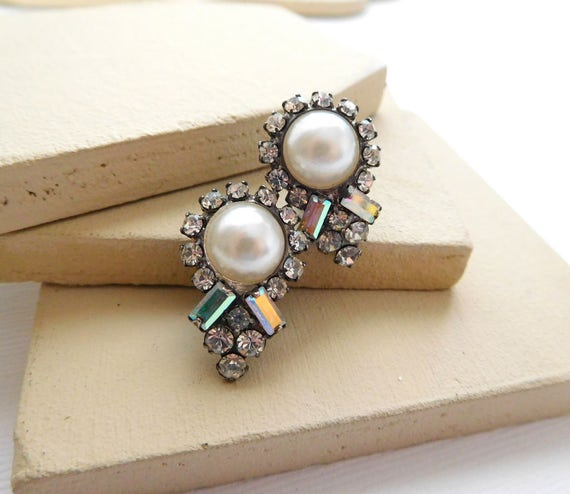 Vintage Clear AB Rhinestone White Faux Pearl Silver Tone Clip On Estate Earrings