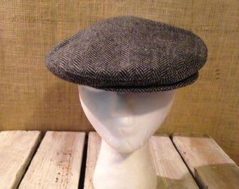 Vintage Totes Grey/Black Tweed Herringbone Wool Newsboy Cap XL