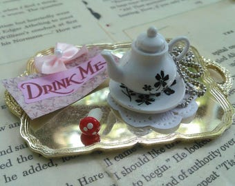 Teapot necklace with removable top and tiny mushroom Alice in Wonderland jewelry tea party favor cute kawaii lolita accessories