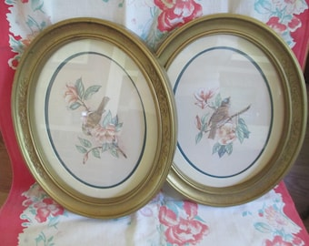 Vintage Home Interiors set of 2 matted bird prints with brown plastic frame and glass fronts used fair condition