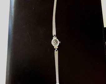 Lady wrist Watch wind up antique vintage
