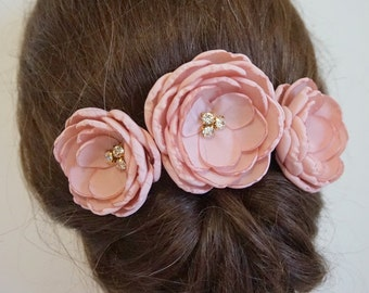 Dusky pink fabric flower bridal bridesmaid hair clips, dusty pink and gold shoe clip, Rustic Wedding flower with crystals girls hair pins
