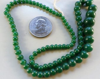 Vintage graduated dark green round glass bead - 4-12 mm. about 87 pcs.