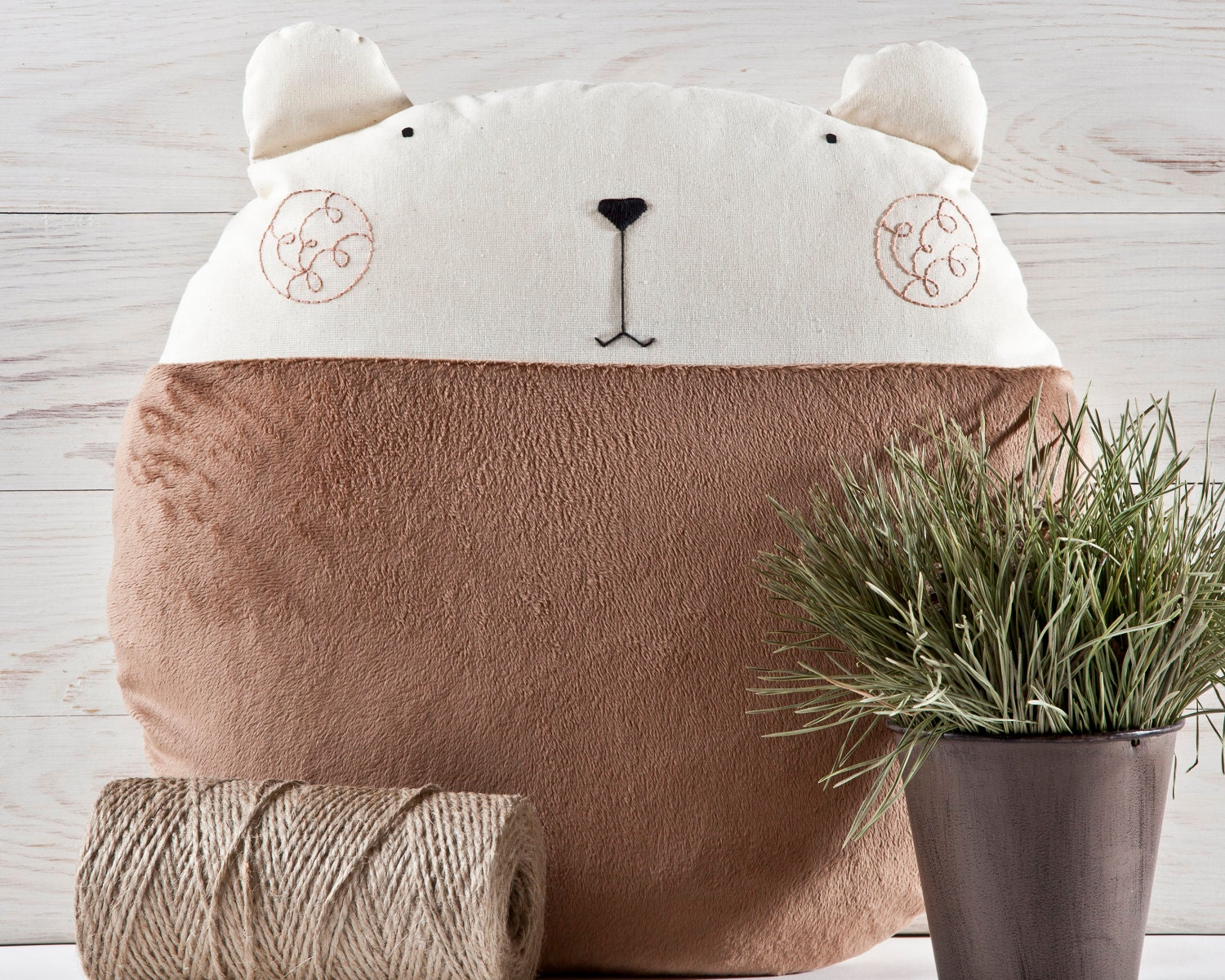 Fluffy Pillow Brown Bear Round Cushion Decorative Pillow