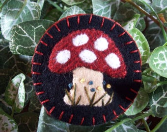 Little Spring Mushroom Brooch Felt Pin