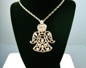 Angel Pendant Necklace / ...