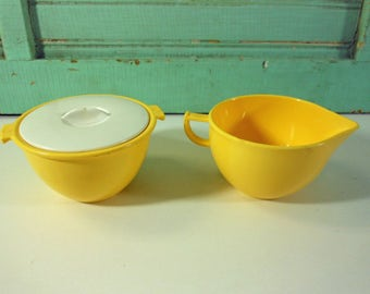 Yellow Trumpetware Melamine Cream and Lidded Sugar Cuyahoga Falls Ohio