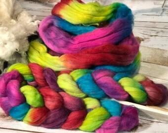 Glitzy Glamour Rainbow Handpainted Roving Spinning Felting Crafting