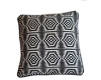Black and White Psychedelic Circles with Black Leather Pillow Cover (B4)
