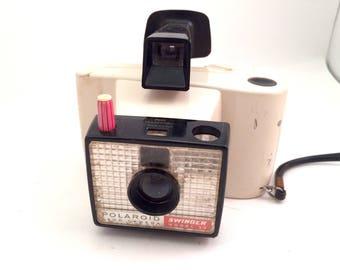 Polaroid Swinger Model 20 Land Camera
