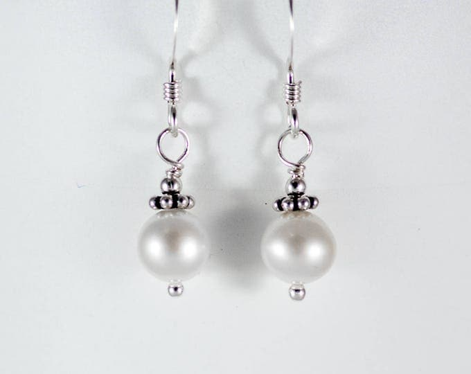 White Fresh Water Pearl Earrings - 6mm Round