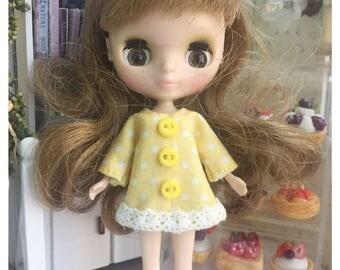 "Petite Blythe / Little Dal Outfit : ""Yellow Pocca Dots Dress"" (Dress)"