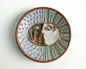 Mid Century Signed David Stewart Studio Plate Dish / Incised Sun Moon Face Design / California Modern Art Pottery