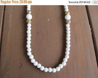 On Sale 1960s-70s White Beaded Necklace Item K # 1291