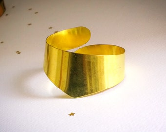 Vintage Raw Brass Cuff Bracelet Unfinished, Old New Stock Hellenic Design