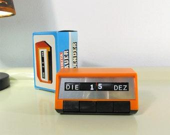 Vintage Perpetual Calendar Orange Color Dauer Kalender Rheita Germany in the 70s